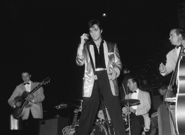 Elvis-blackpants