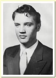 Elvis-HSgrad-photo