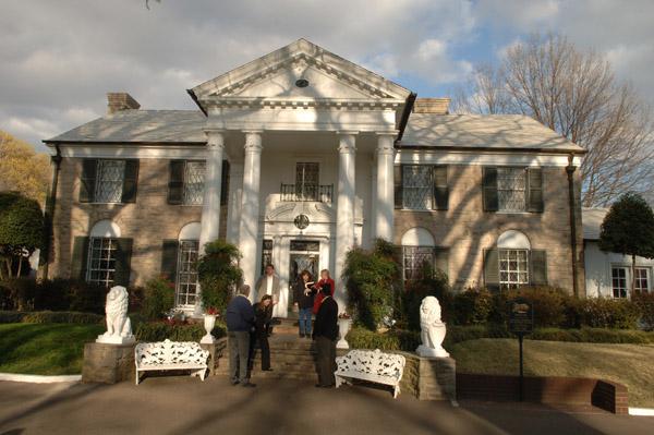 Graceland-mansionNA